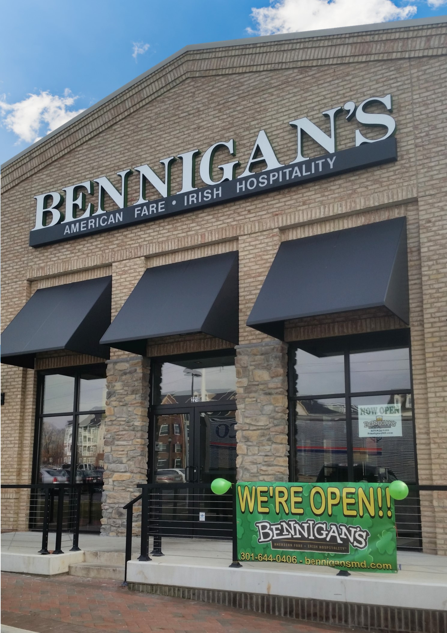 Live solo acoustic show at Bennigan's in Frederick, MD