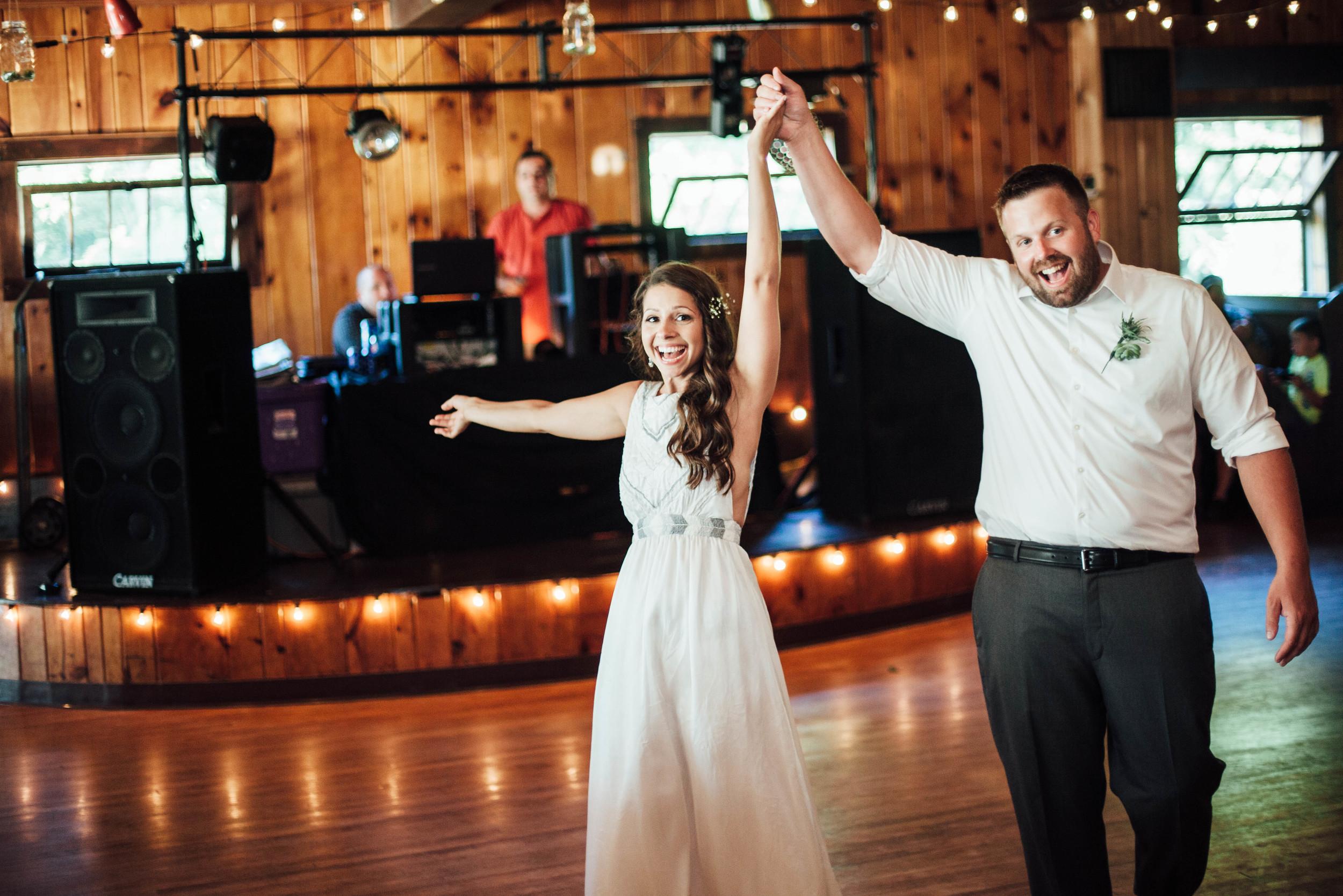 michigan-wedding-rachel-jim.111.jpg
