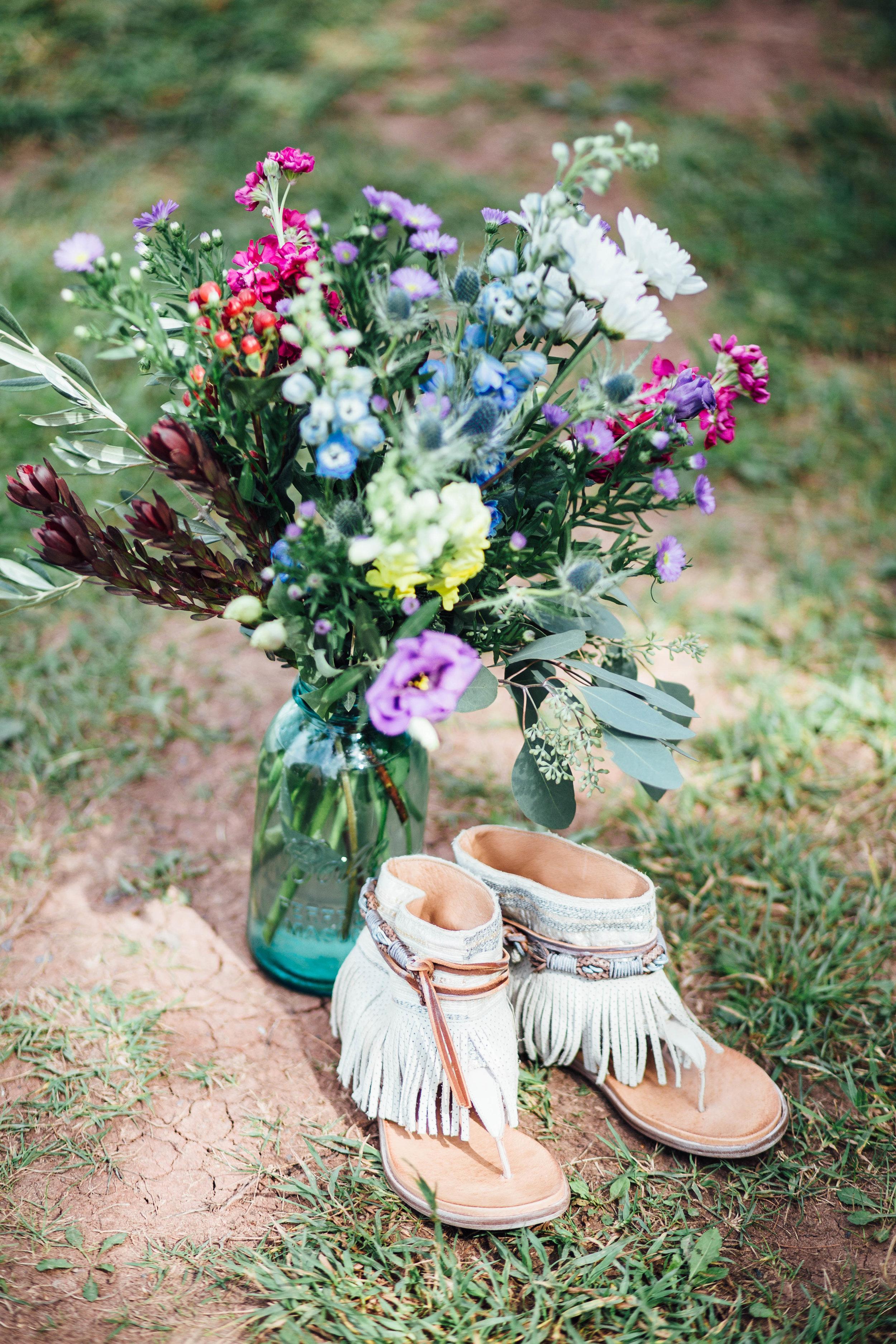 Bohemian Wedding - Sabrina Leigh Studios - Northern Michigan Wedding Photographer009.jpg