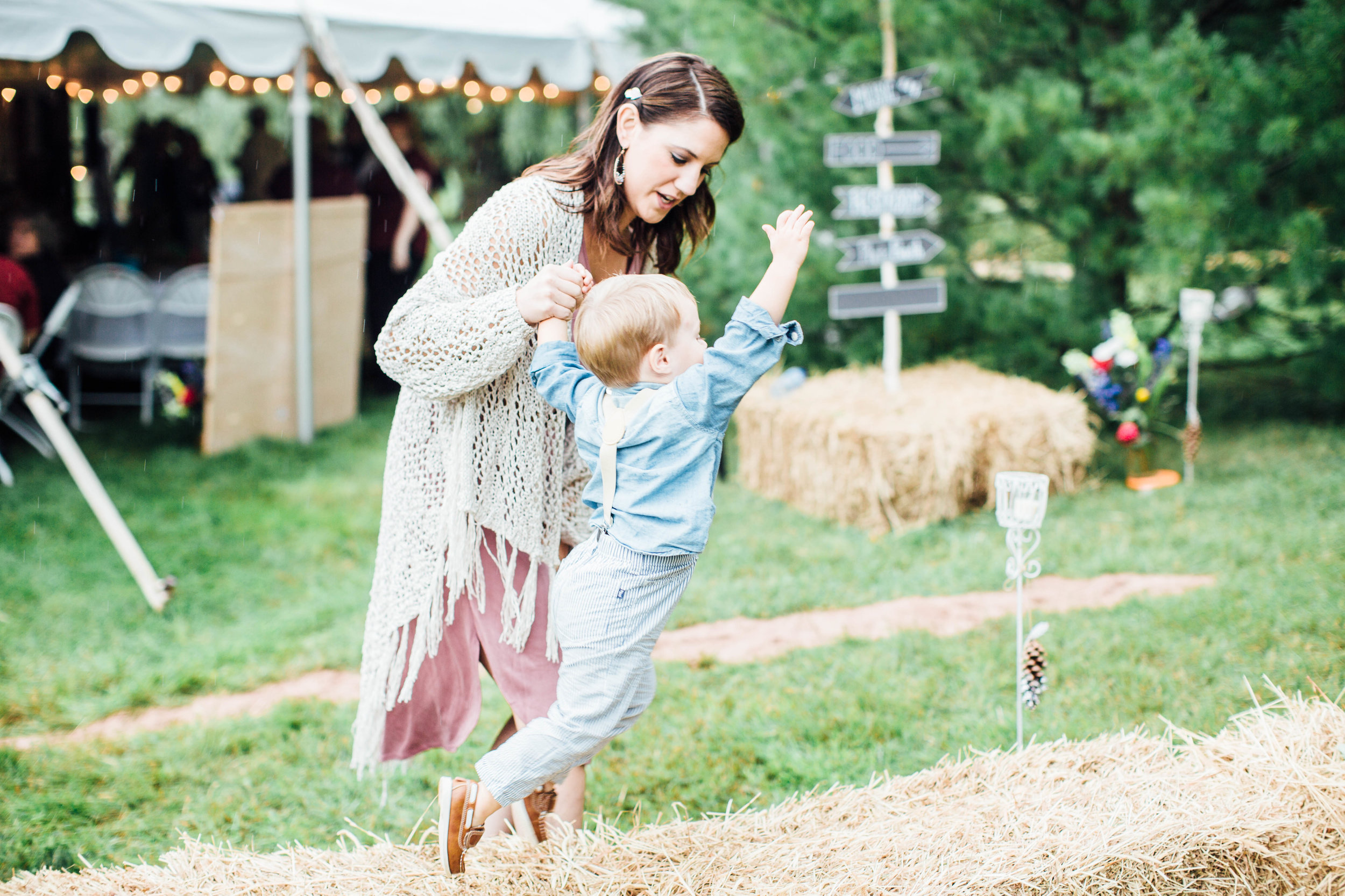 Bohemian Wedding - Sabrina Leigh Studios - Northern Michigan Wedding Photographer096.jpg