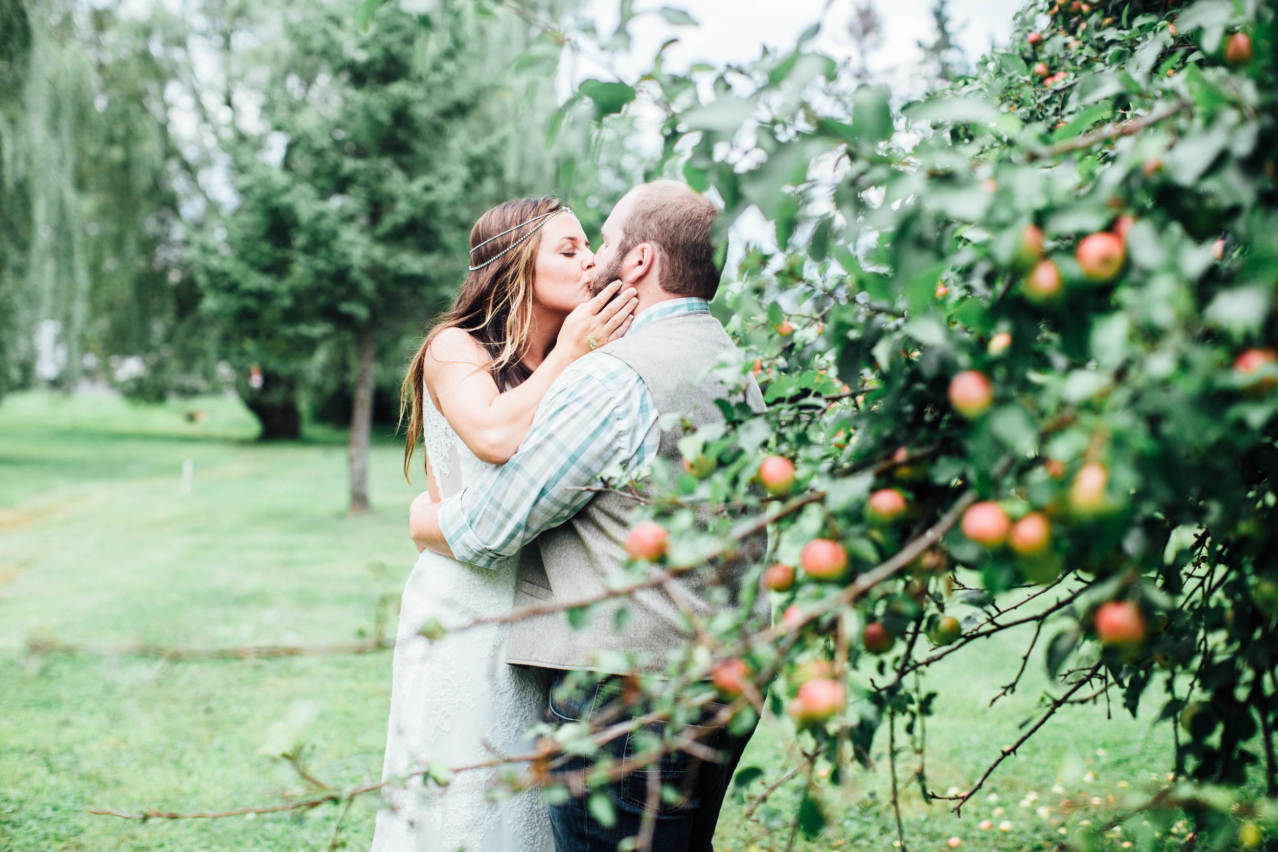 Bohemian Wedding - Sabrina Leigh Studios - Northern Michigan Wedding Photographer109.jpg