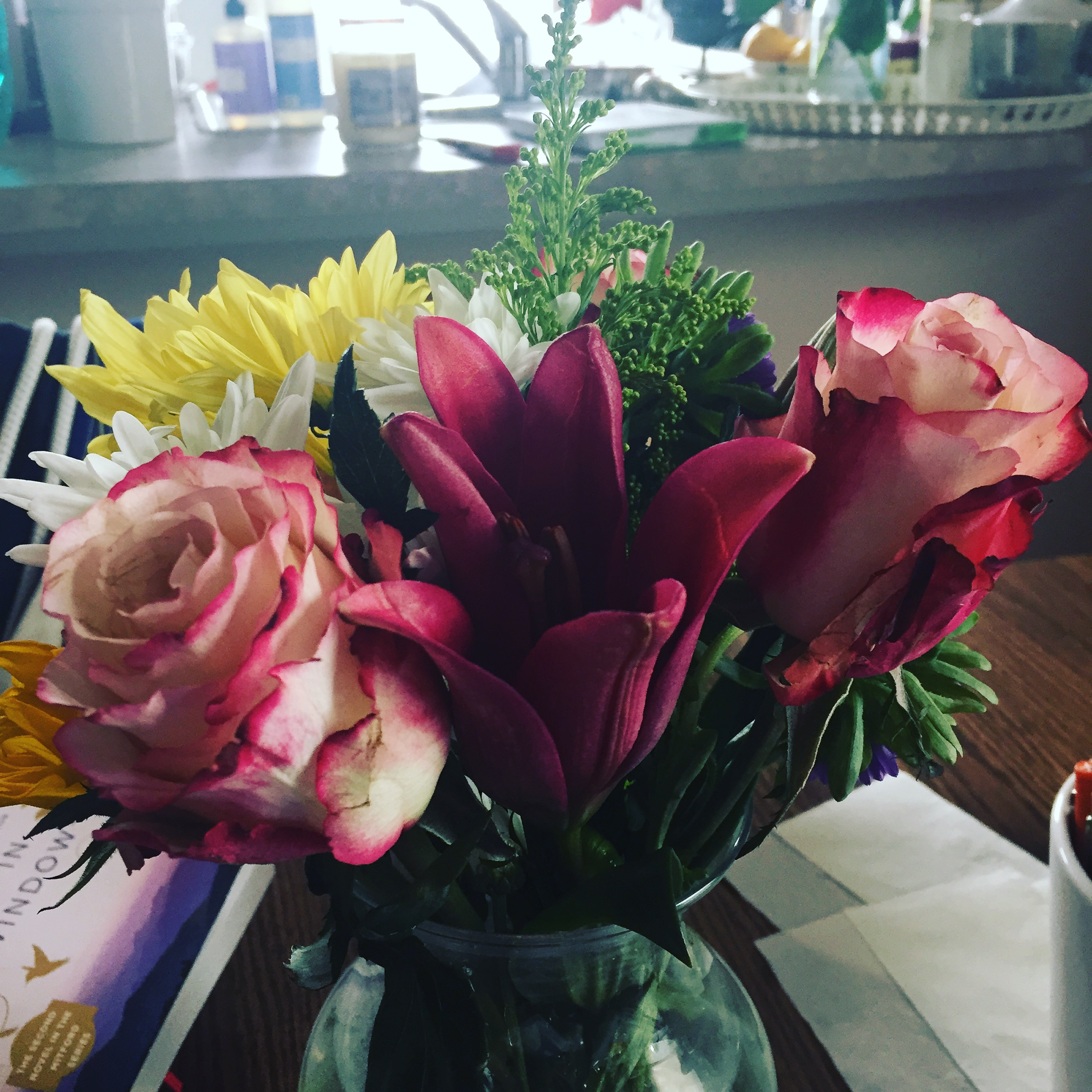 this week's kitchen table flowers