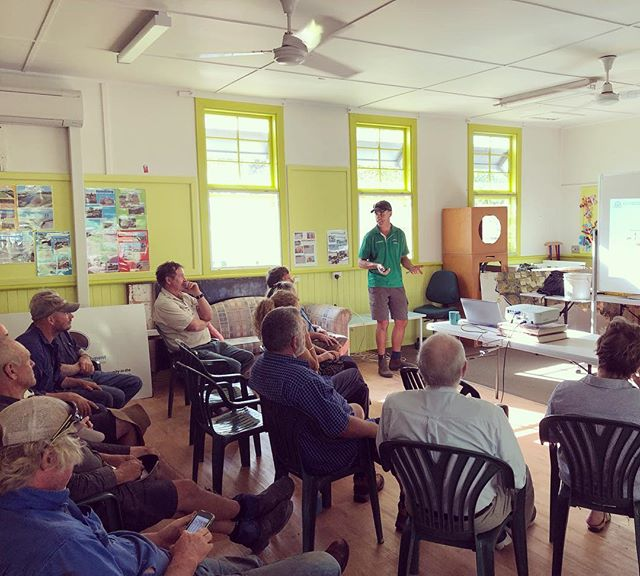 A great turn out for our free workshop this afternoon. Sam Taylor sharing his wealth of knowledge about the benefits and importance of biodiversity in pastures. #landcare #lowerblackwood #lowerblackwoodlcdc #sustainableagriculture