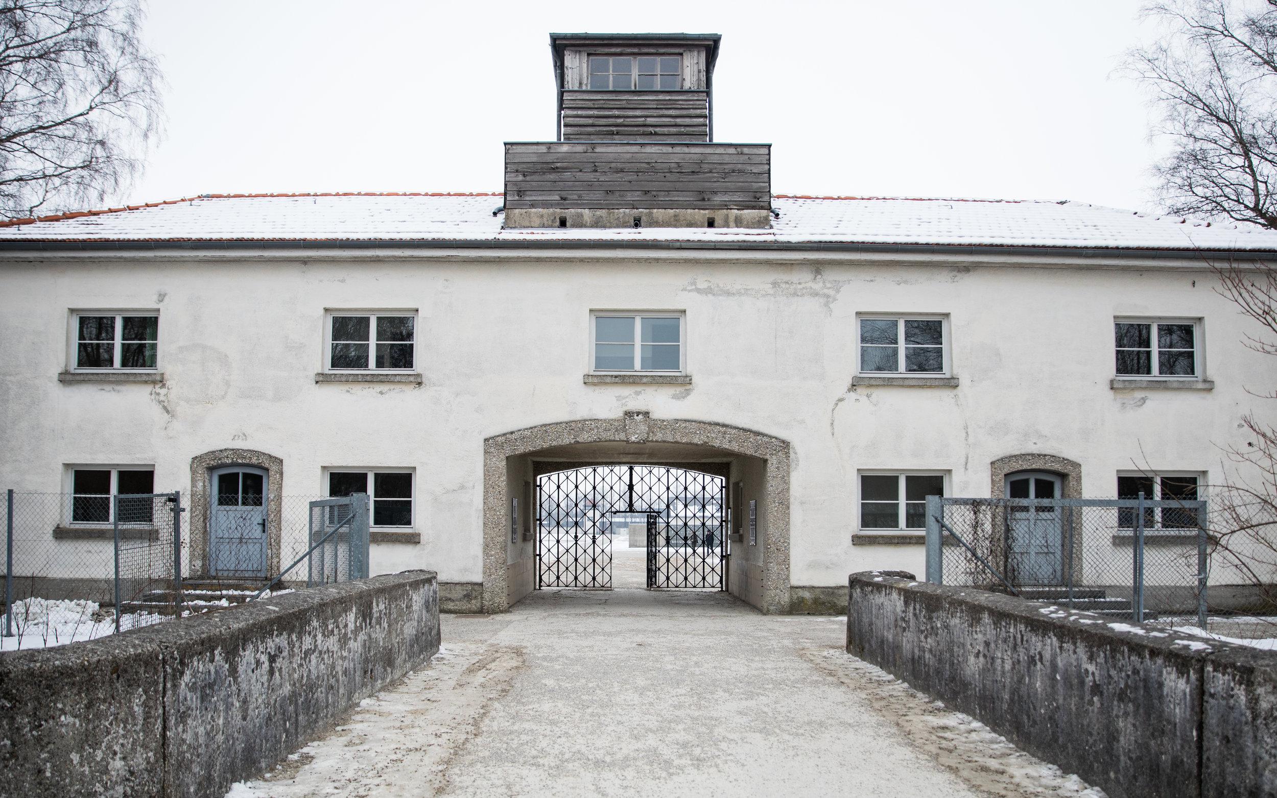 Dachau-3.jpg