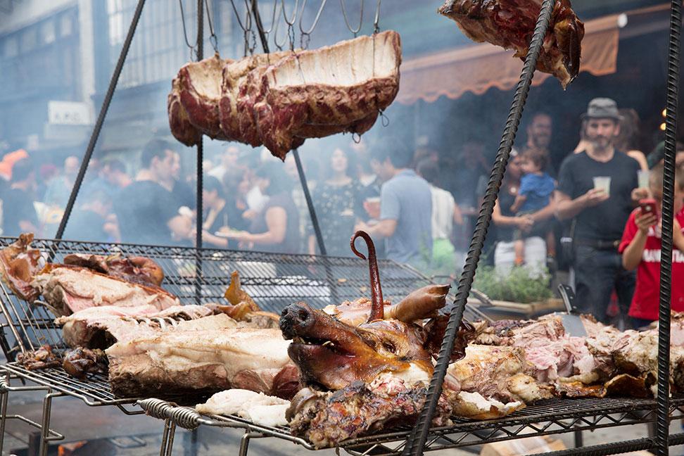 ilbuco street pig roast