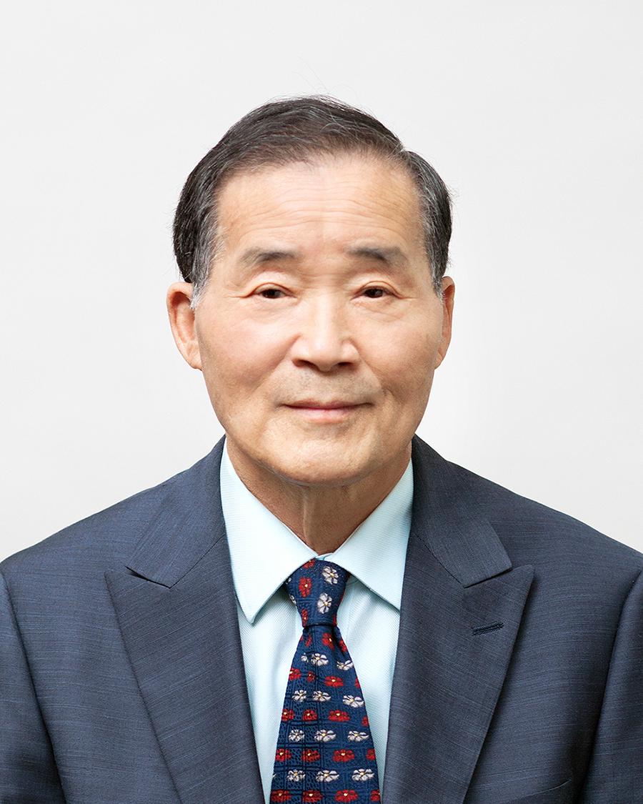 Jong Ho Lee