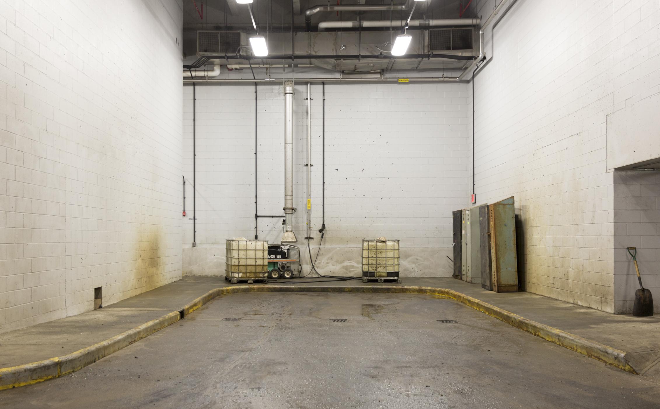 Garage1-2-5SaltShed-6943.jpg