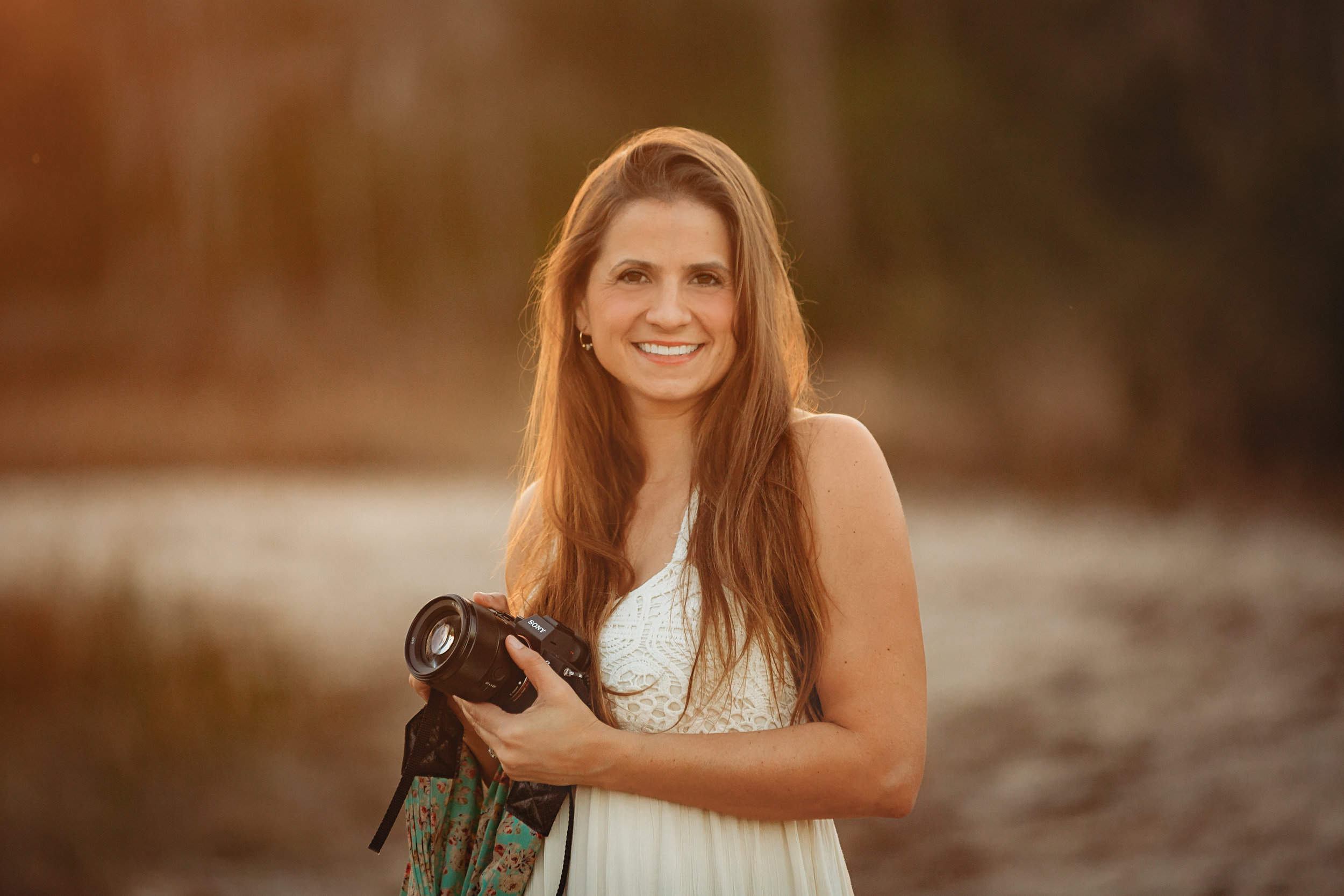 Welcome! - Hi there! Thank you so much for stopping by! I'm Stephanie. I'm a family, maternity, newborn, and wedding photographer in Jupiter, Florida. I service Palm Beach county and surrounding areas. I would love to capture beautiful memories for your family!
