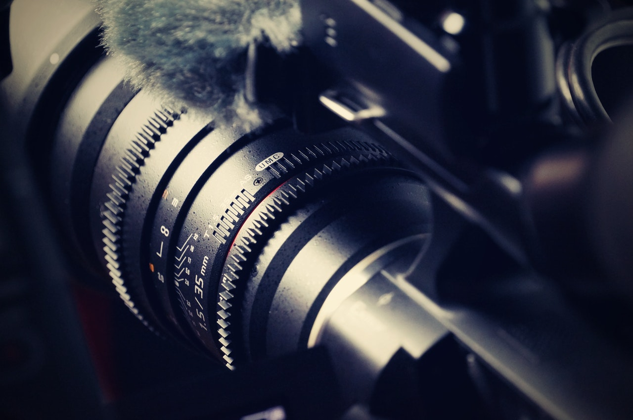 E-2 Case Study - Will Lyte - PREPARING A SUCCESSFUL E-2 PETITION FOR A CAMERA OPERATING BUSINESS