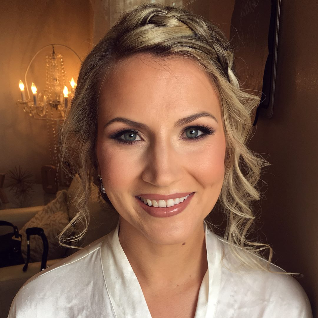 Bridal makeup smokey eye