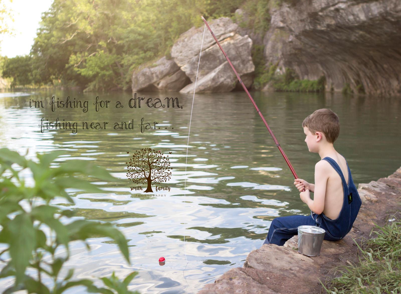 huckleberry_finn_fishing_photograph_smith_family_photography_waco