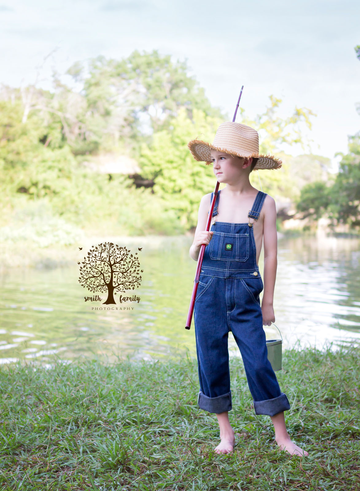 huckleberry_finn_limited_edition_session_smith_family_photography_waco