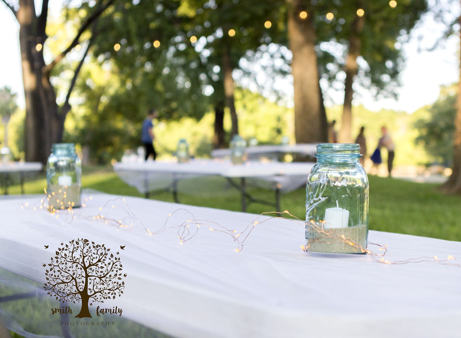 backyard_wedding_candles_in_jars_smith_family_photoraphy_texas