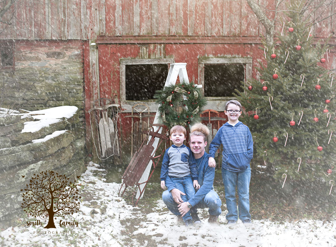 barn_winter_wonderland_smith_family_photography