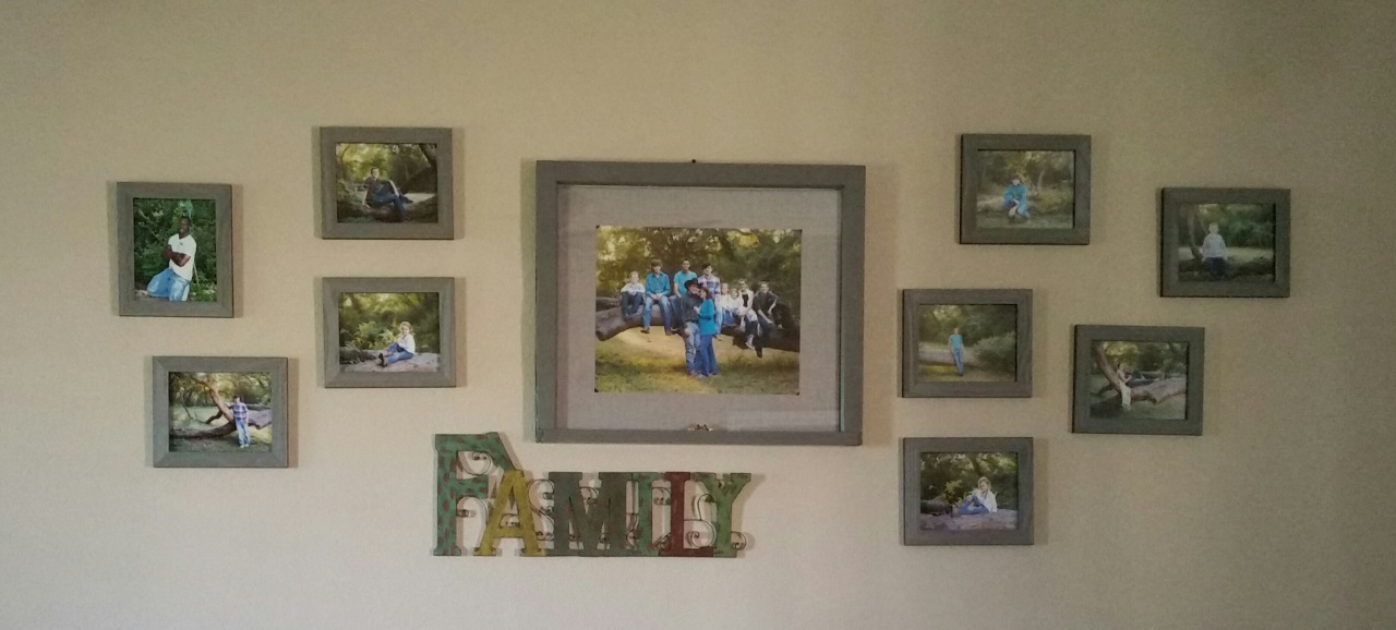 smith_family_wall_gallery