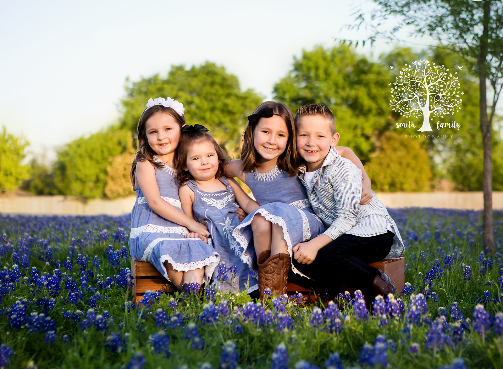 """Anna was great! Super informative from before booking until ordering pictures. She is easy to get a hold of and offers so much help and advice, to make sure all needs are met. She was great with my kids. Very relaxed, patient, and easy going. I would recommend her and definitely will be using her as our photographer in the future."" - Misty S."
