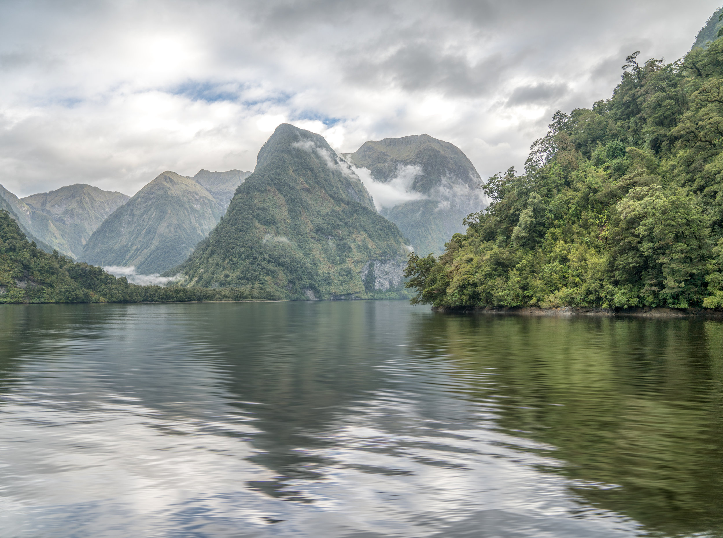 queenstown.com-Doubtful Sound-03-Feb2017-fbook (1 of 1).jpg