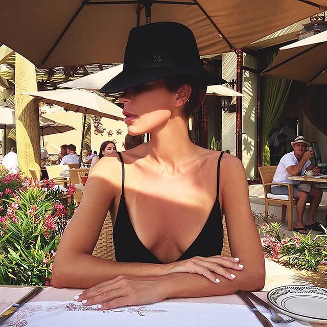 """luxurylearry :      beautiella :     """" Don't be scared to change. Be ready. """"     — Hanny van Sleeuwen       💗"""