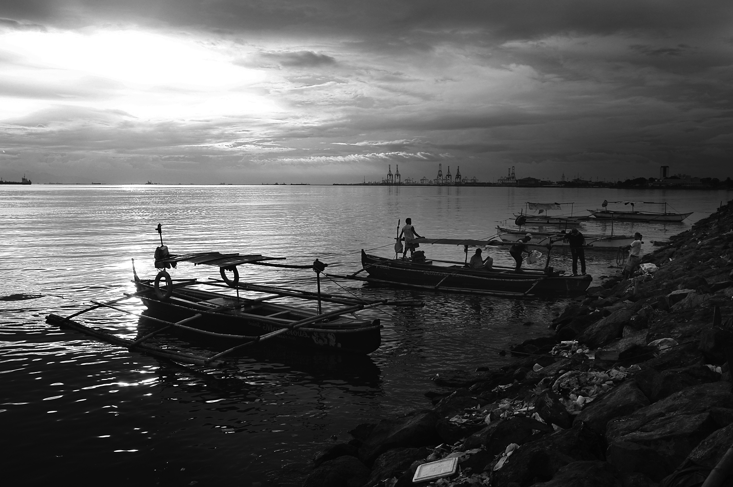 Manila Bay Fishermen - Phillippines.jpg
