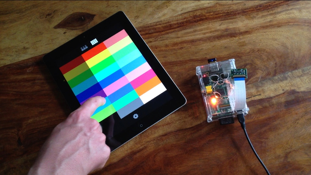 Controlling the LEDBorg on Raspberry Pi from iOS Device