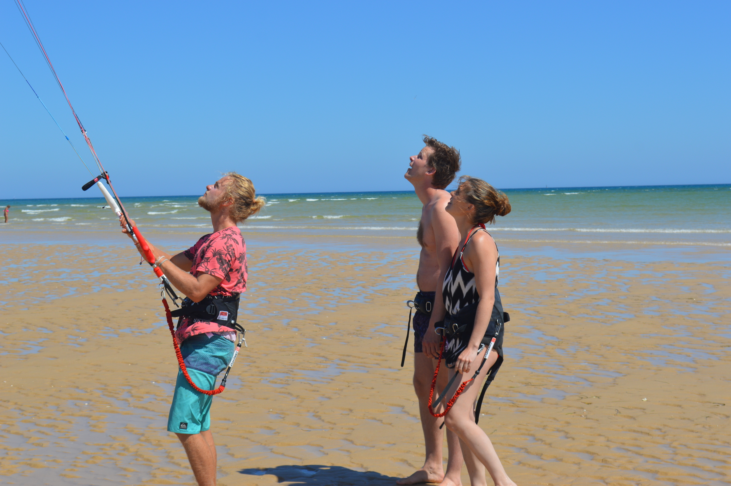 Demonstrating Kite Handling - Fuzeta Beach