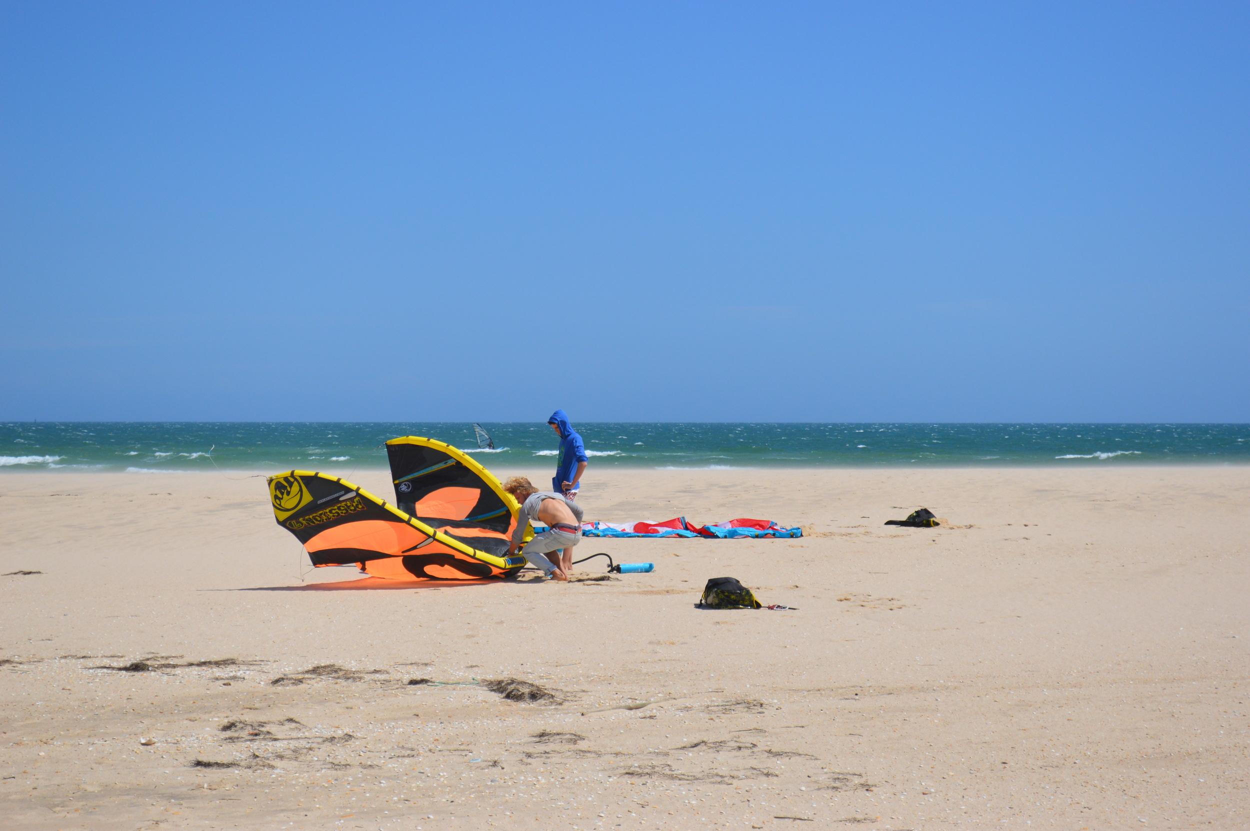 Setting up the Kites - Fuzeta Beach