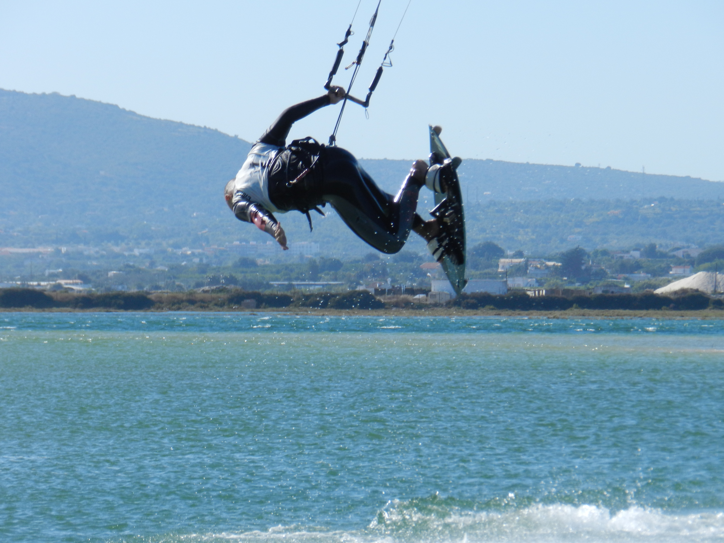 The flat water at Fuseta is a great place to Kitesurf