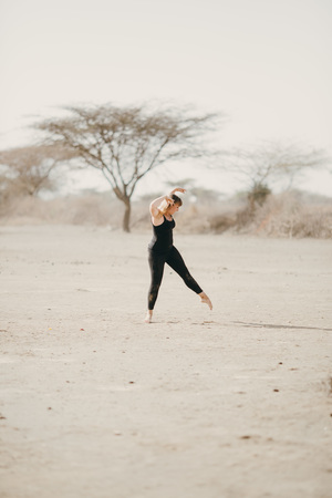 Nicole+Ens+-+desert+dance+6.jpg