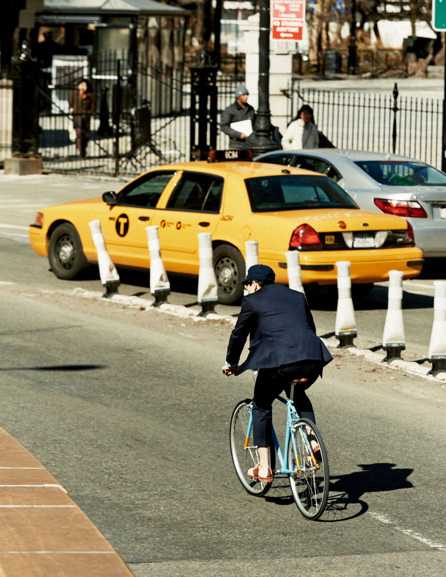 What Fred's doing here is actually illegal. Don't try this (without a helmet and low deductible health insurance).