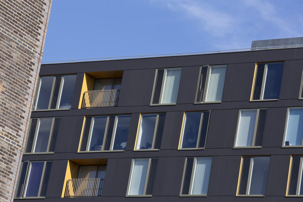 Saxton Leeds facade Detail