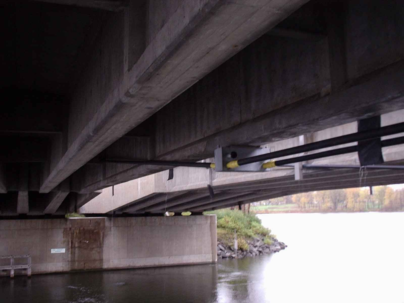 i81-Bridge-Over-Oneida-River.jpg