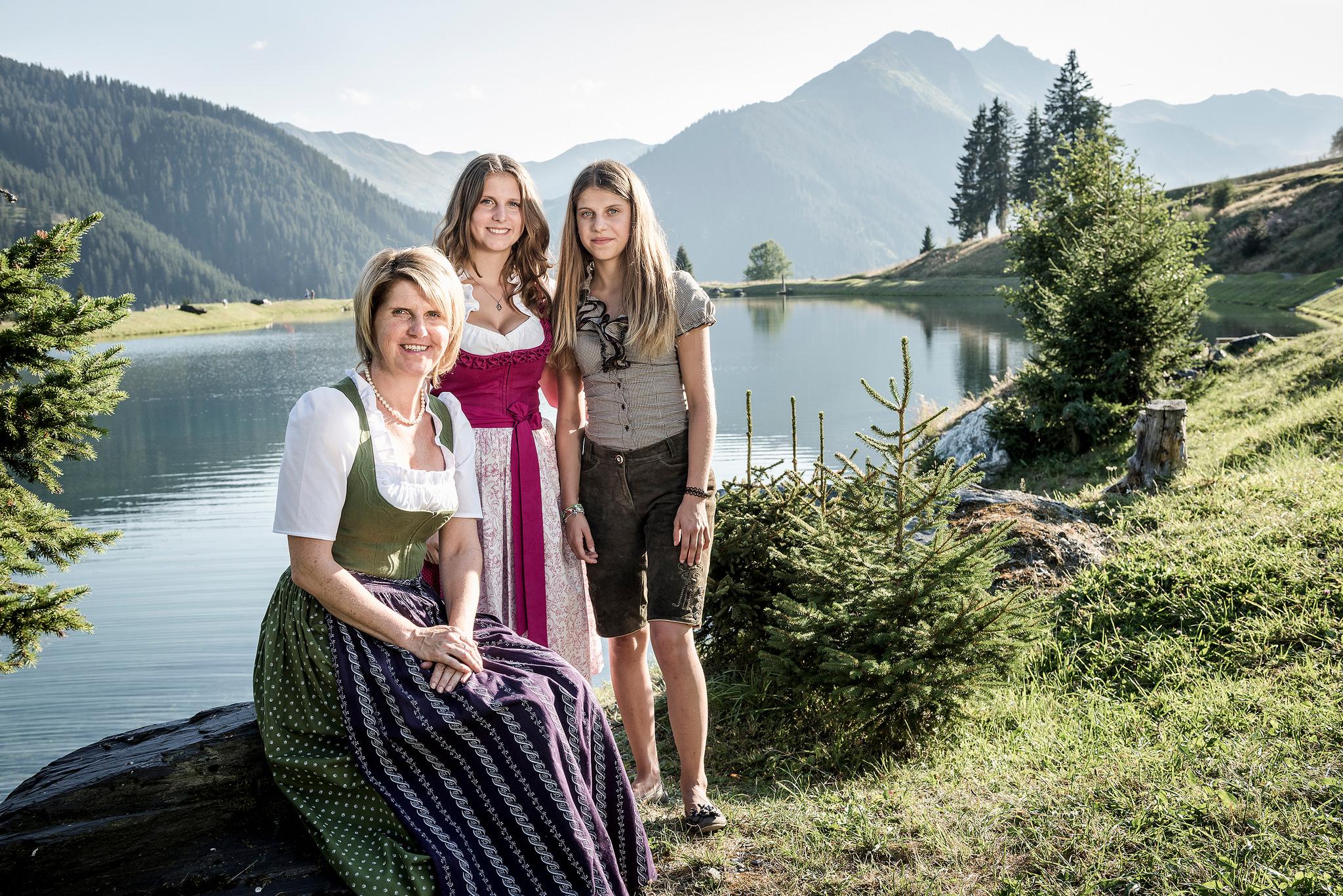 Juliane Feiersinger und ihre Töchter