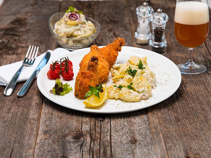 QimiQ Backhendl mit Kartoffel-Mayonnaise-Salat