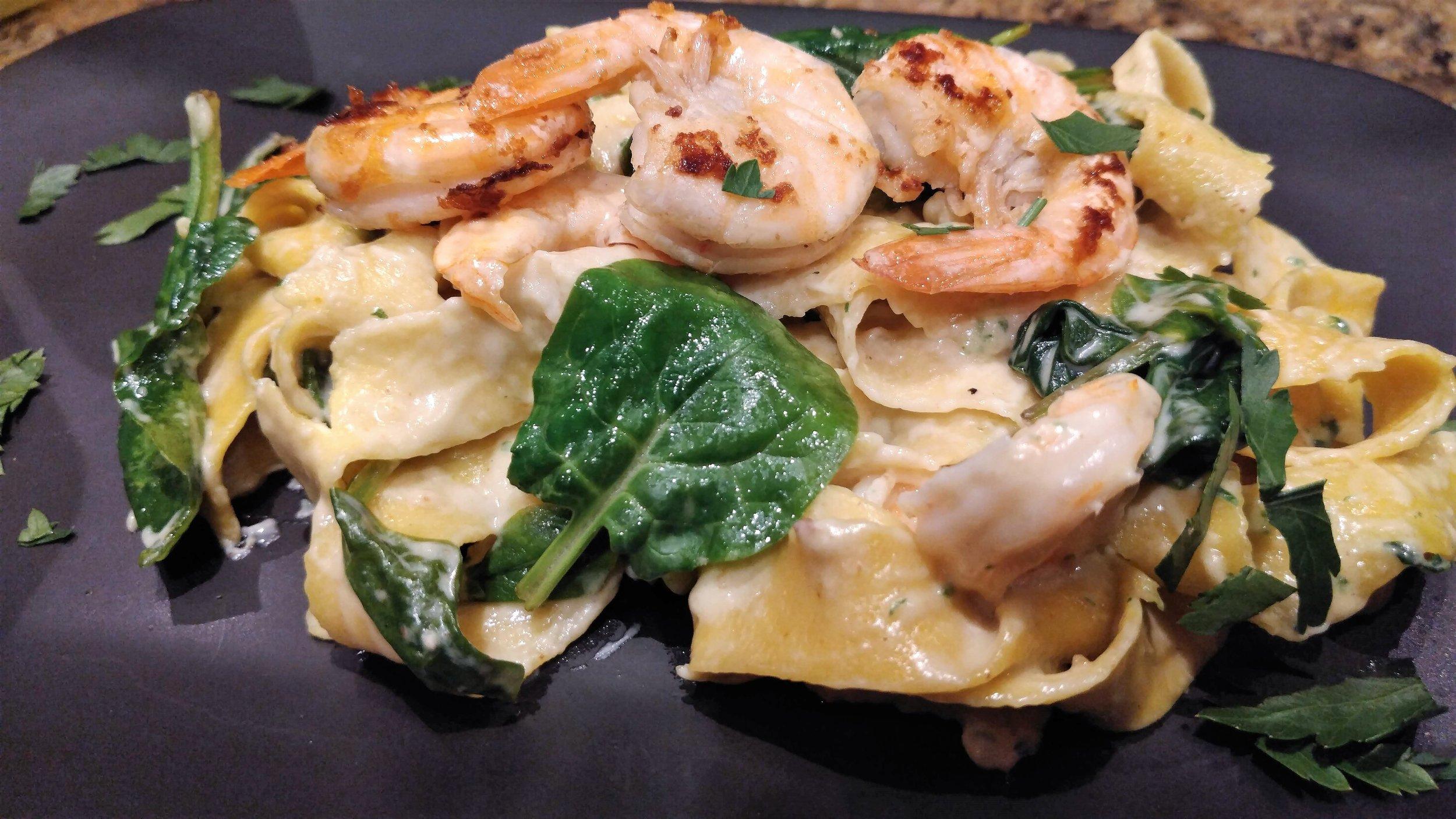 Pappardelle mit Shrimps an Cognac-Obers-Sauce.jpg