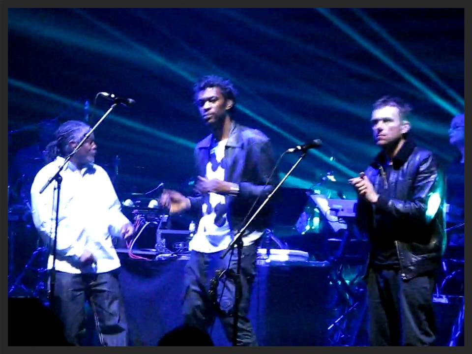 Blur & Gorillaz frontman Damon Albarn who helped co-write Splitting The Atom, also performed the track with Massive Attack for the first time at the Brixton Academy, London on the 17th September 2009.  View the video of that performance on YouTube.