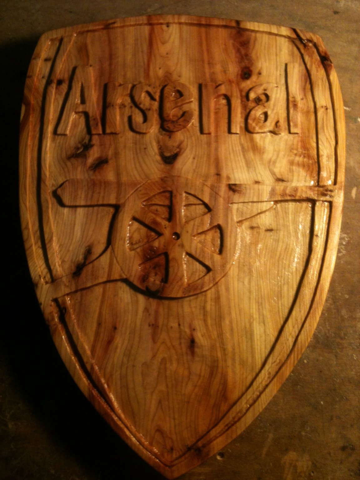 20121122 Arsenal Crest.JPG
