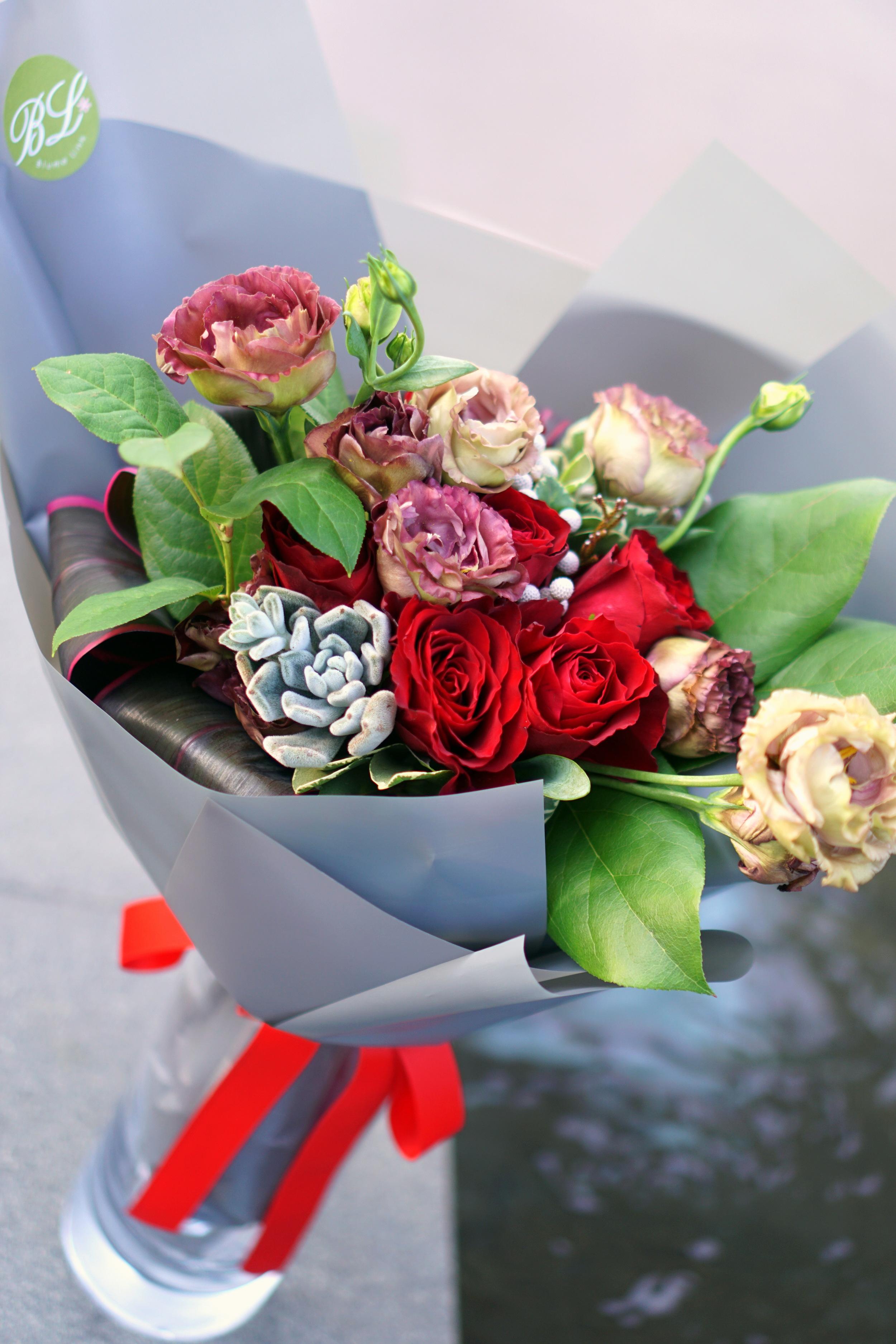 Vday Blooms.JPG