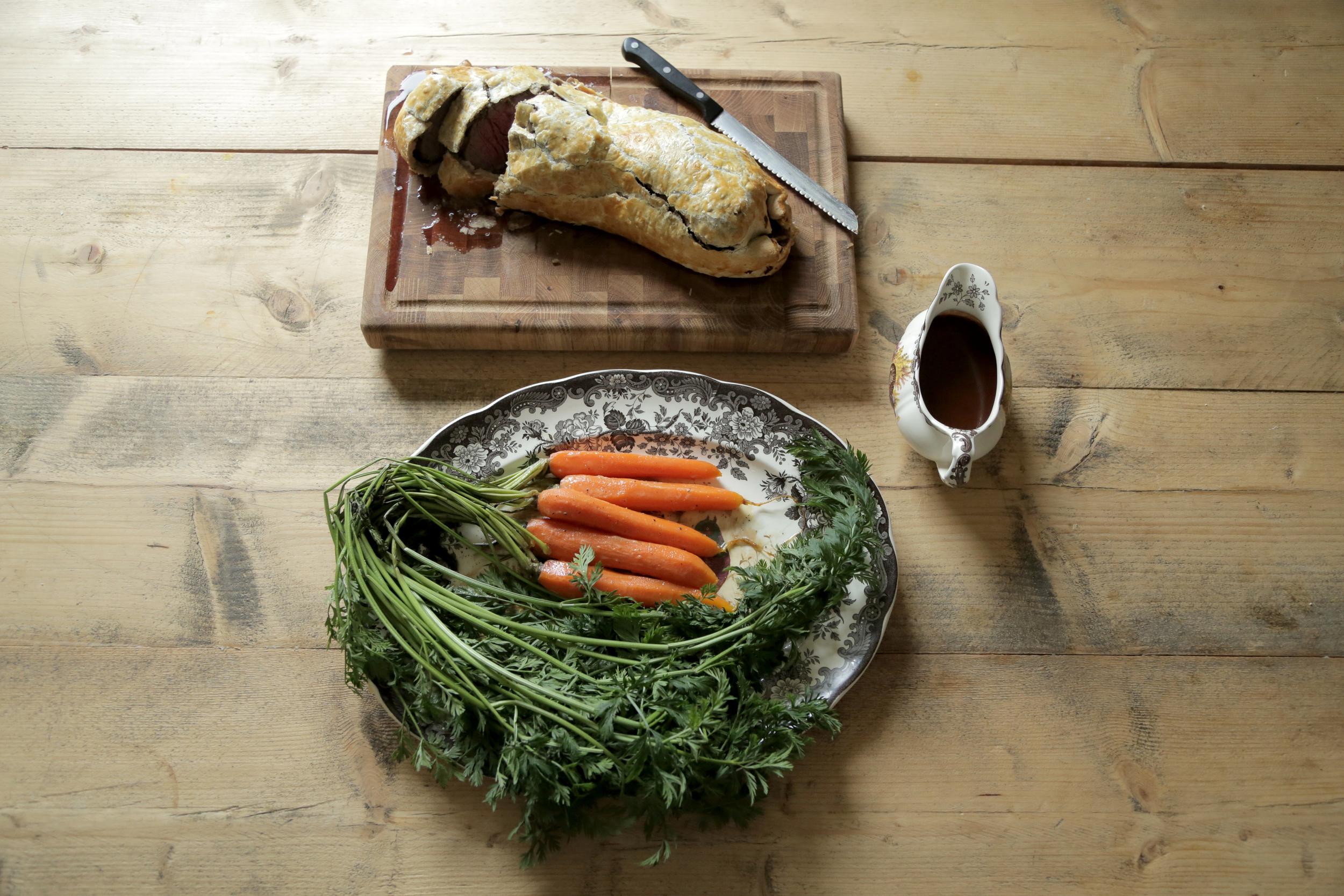 Venison Wellington w: Bramble & Ale Sauce_2.jpg