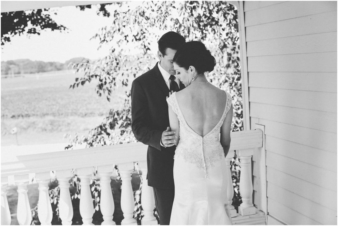 Indiana_barn_Wedding-61.jpg