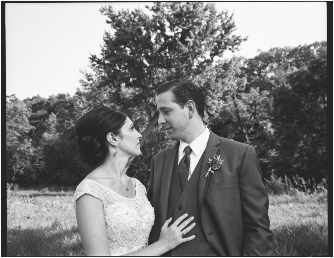 Indiana_barn_Wedding-65.jpg