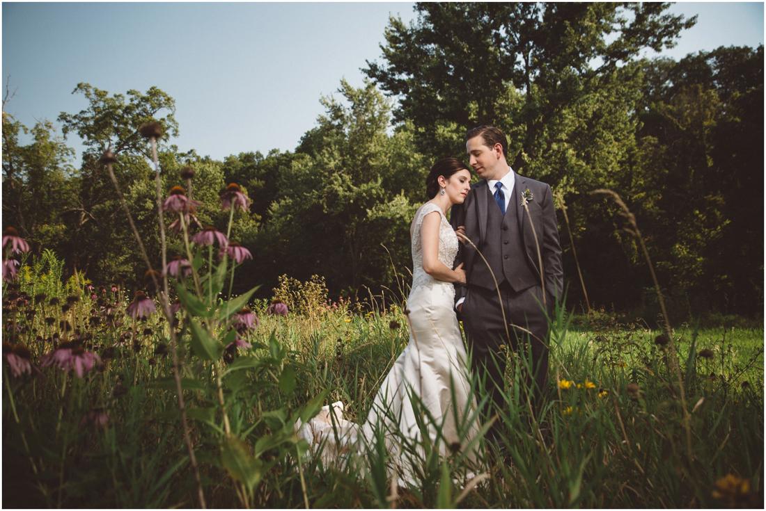 Indiana_barn_Wedding-67.jpg
