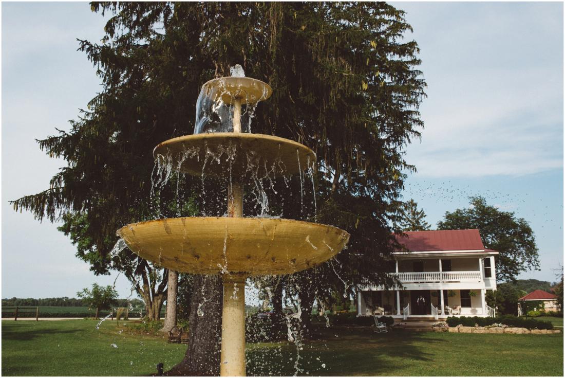 Indiana_barn_Wedding-85.jpg