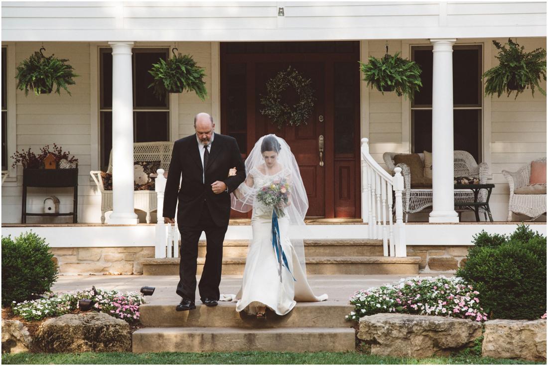 Indiana_barn_Wedding-89.jpg