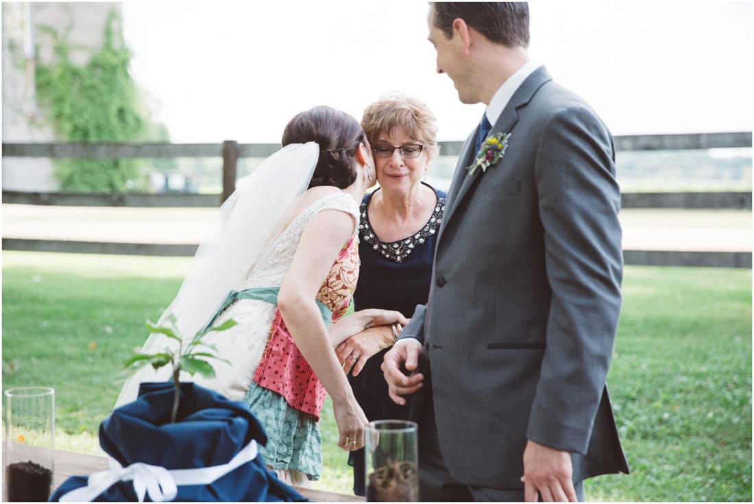 Indiana_barn_Wedding-102.jpg