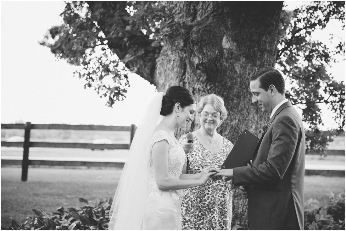 Indiana_barn_Wedding-115.jpg