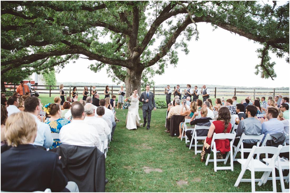 Indiana_barn_Wedding-122.jpg