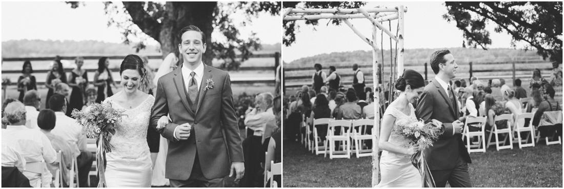 Indiana_barn_Wedding-123.jpg