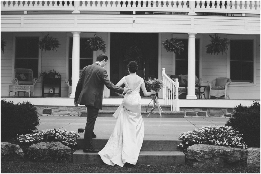 Indiana_barn_Wedding-124.jpg