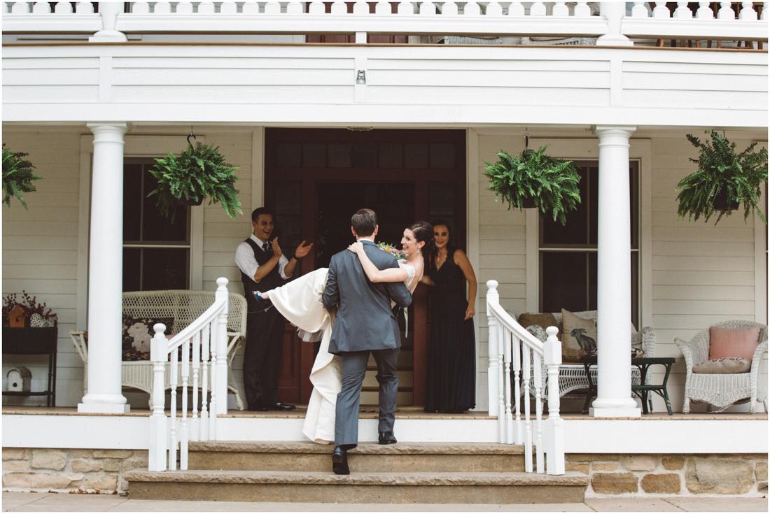 Indiana_barn_Wedding-125.jpg
