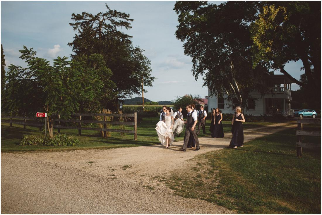 Indiana_barn_Wedding-126.jpg